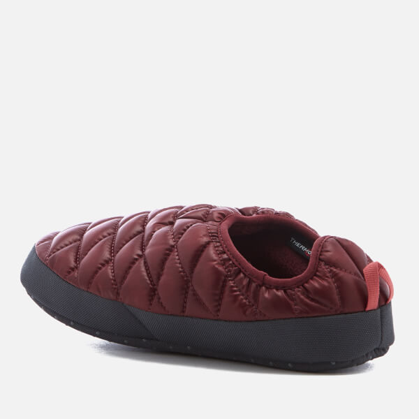 The North Face Womenu0027s Thermoball® Tent Mule IV Slippers - Shiny Barolo Red/Faded & The North Face Womenu0027s Thermoball® Tent Mule IV Slippers - Shiny ...