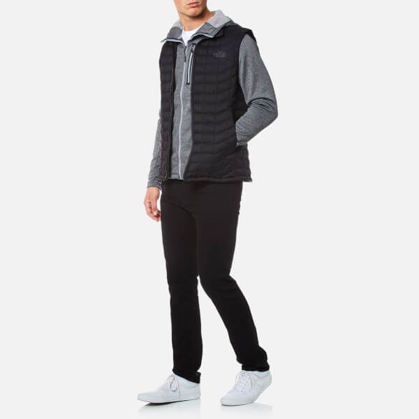 9e021f3cd6 The North Face Men s Thermoball® Vest - TNF Black Matte Clothing ...