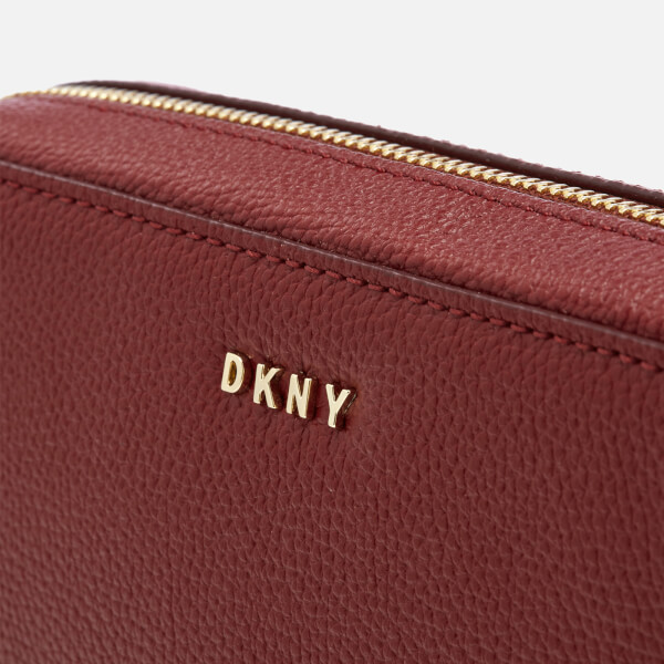 a76e418bfb71 DKNY Women s Chelsea Pebbled Small Leather Top Zip Cross Body Bag -  Scarlet  Image 4