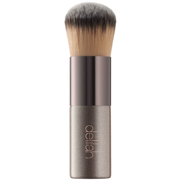 delilah Foundation Kabuki Brush