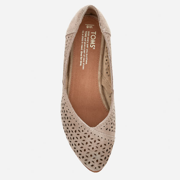 af15fe8097c TOMS Women s Jutti Suede Pointed Flats - Desert Taupe Damenschuhe ...