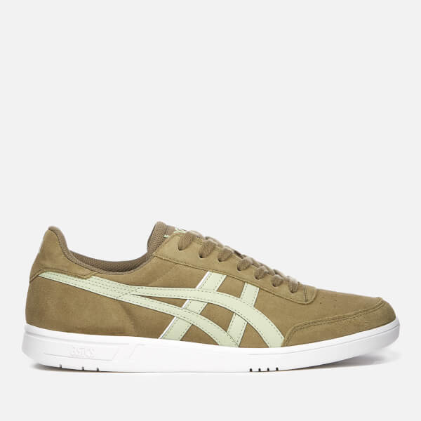 Asics Viccka Court Sneakers In Off With Gum Sole vTorNtX