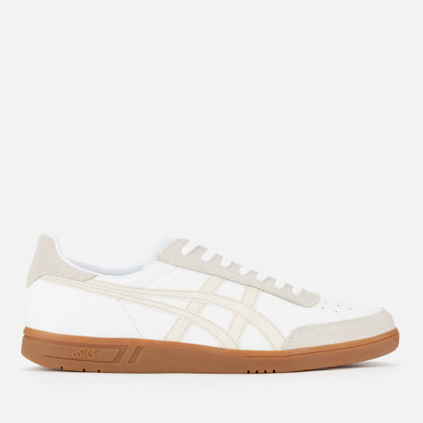 Asics Viccka Court Sneakers In Off With Gum Sole nLGvKM