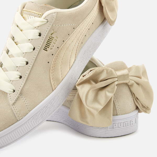 Puma Women s Suede Bow Varsity Trainers - Marshmallow Metallic Gold  Image 4 03207b7a8