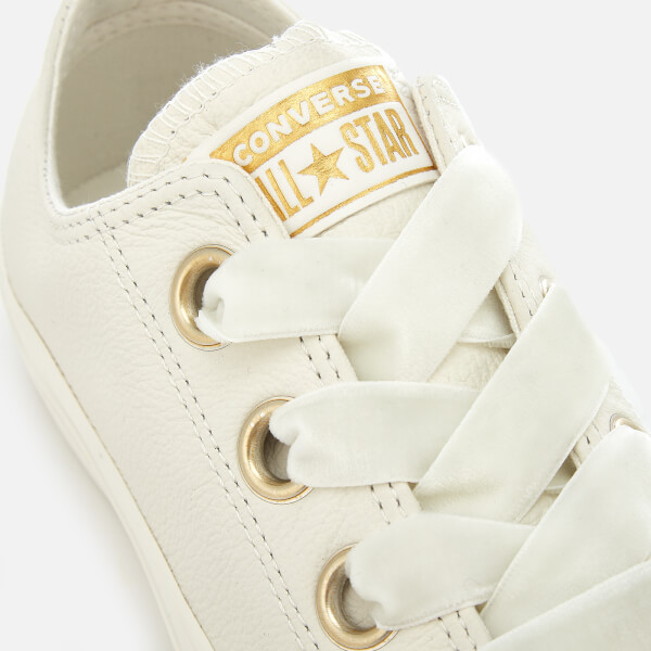 e198871e68fc Converse Women s Chuck Taylor All Star Big Eyelets Ox Trainers - Vintage  White  Image 4