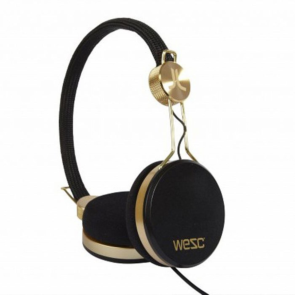 Good quality earbuds - black and gold earbuds
