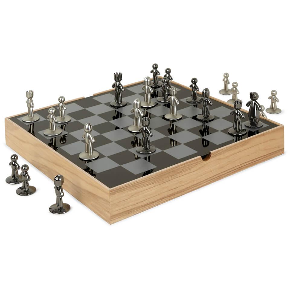 umbra buddy chess set natural iwoot. Black Bedroom Furniture Sets. Home Design Ideas