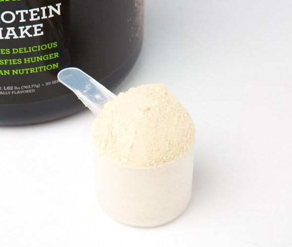 A scoop of IdealRaw protein powder
