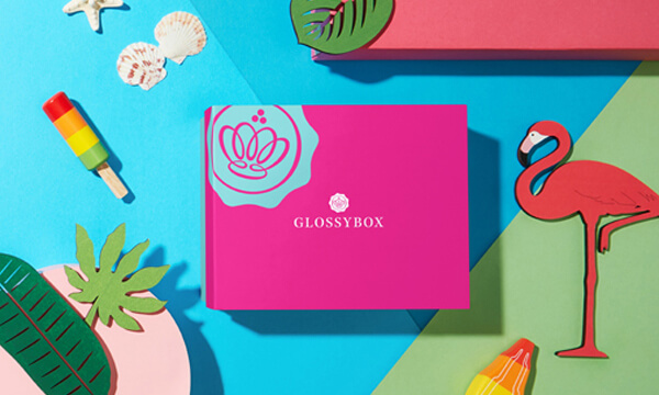 Young Beauty GLOSSYBOX August 2020