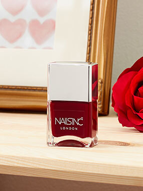 NEED VALENTINE'S NAILS NOW?