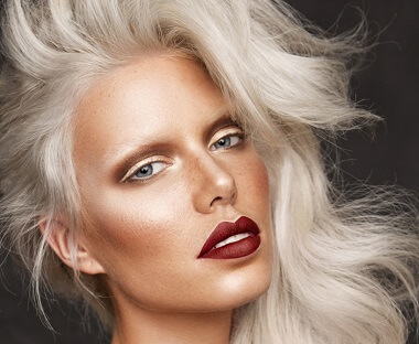 RY Chats to Professional MUA Mia Connor