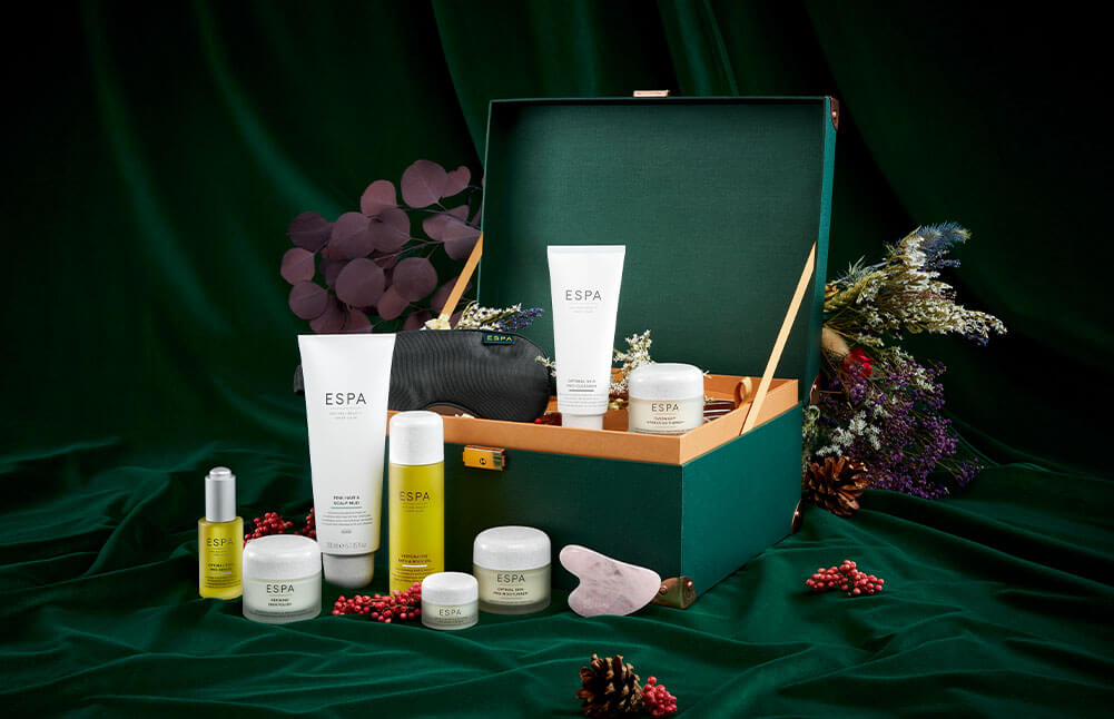 Luxury Collections, Create festive memories by treating your loved ones to our premium gifts, allowing them to create a spa in the comfort of their own home.