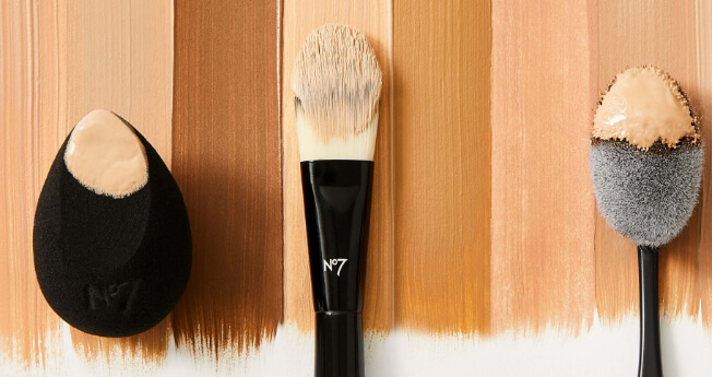 CHOOSE YOUR PERFECT FOUNDATION COLOR