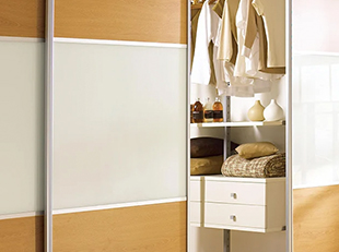 Fitting wardrobes buying guide