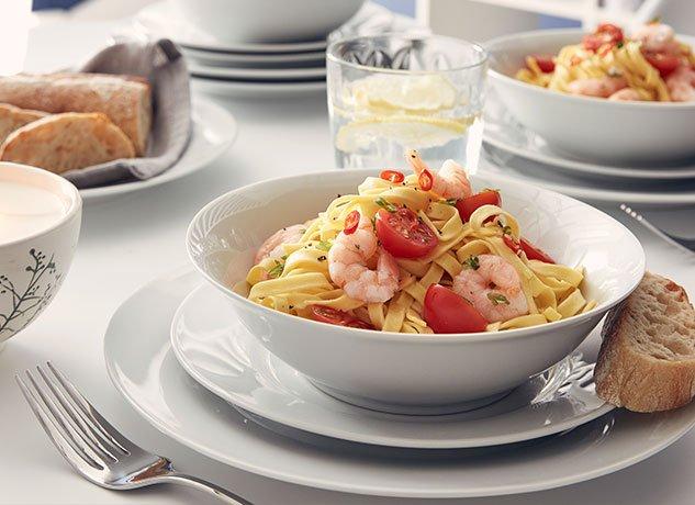 Cookshop - Prawn linguine in a white dish