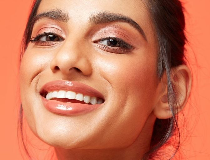 Get A Free Bronzer With Any 2 Face Products, Plus 25% Off Sun Glow Foundation