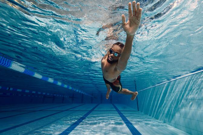 Male fitness swimwear