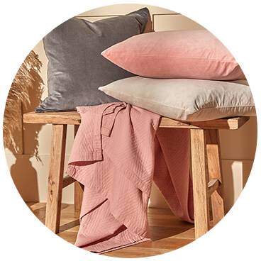 in homeware scatter cushions