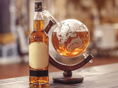 Glaskugel Whiskey Dekanter Nur 46,39€! Spare 23,26€