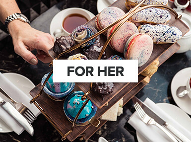 Experiences for her | tea & cakes
