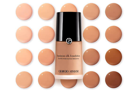 DISCOVER OUR ICONIC FOUNDATION, LUMINOUS SILK
