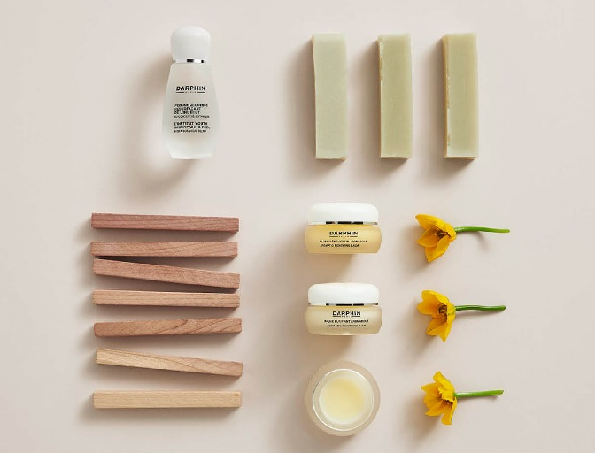 Facial Massage Masterclass with Darphin