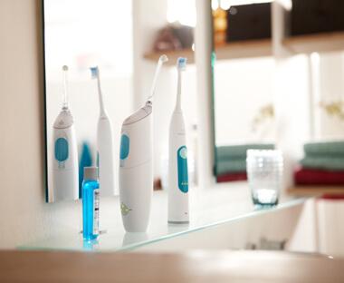 Электрическая чистка между зубов